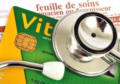 Durcissement des conditions d'accès à la couverture assurance-maladie après la liquidation d'une retraite française
