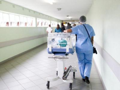 Chroniques du confinement, Miami: le quotidien de Frédéric, infirmier à l´hôpital